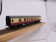 4847 BR Mk1 Corridor Composite  M 15185 in Crimson and Cream